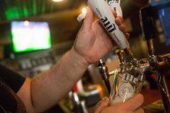 COVID-19: seuls trois bars touchés sur 924 à Montréal