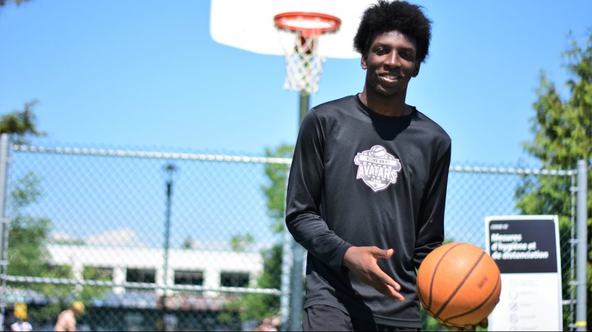 Un jeune basketteur remarquable
