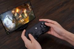 8bitdo signe une manette Xbox officielle