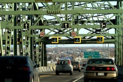 La déconstruction du pont Champlain commence