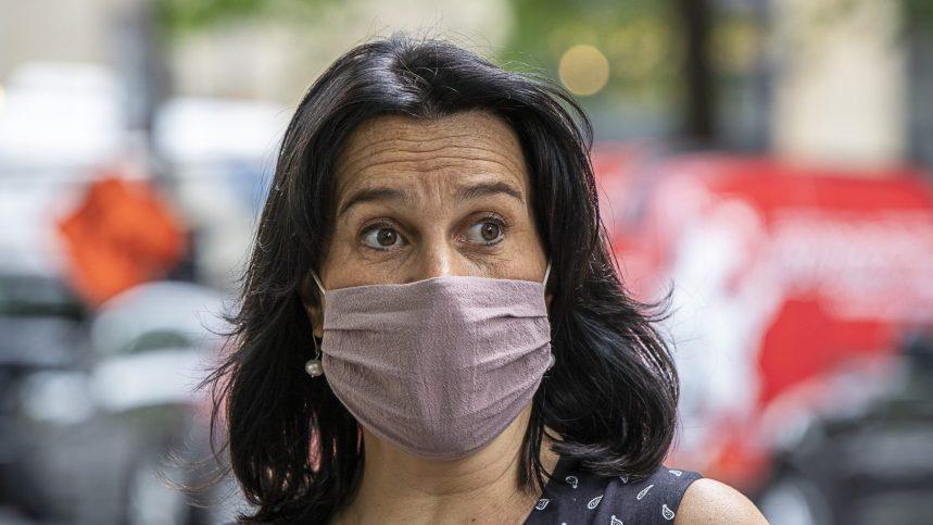 Manif contre le port du masque: «Ça me dépasse», dit Valérie Plante