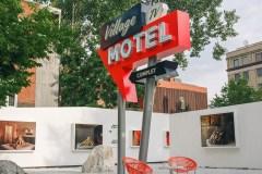 7e Ciel: on craque pour l'expo «Village Motel» et des documentaires