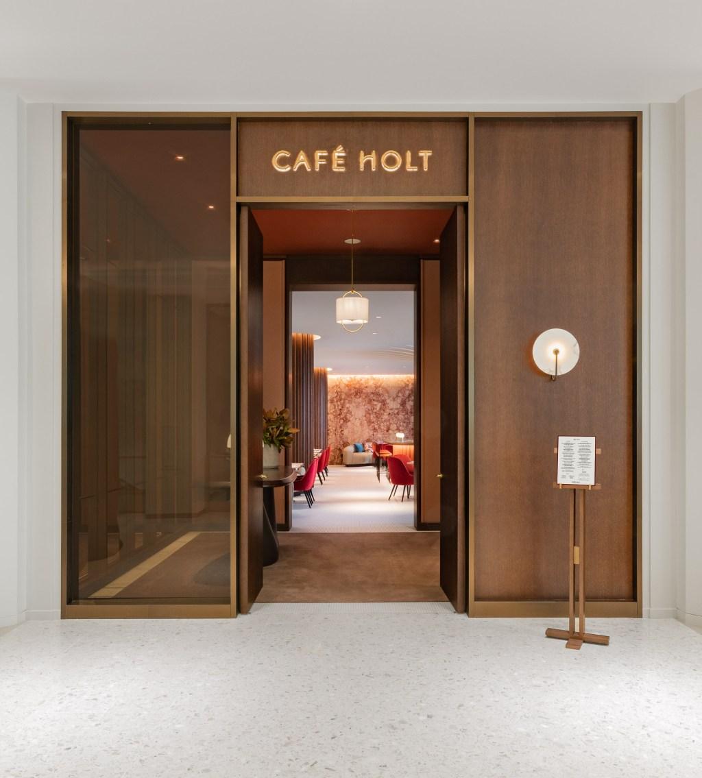 Entrée du Café Holt
