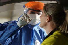 COVID-19: 808 nouveaux cas et 10 décès au Québec