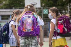 Zone rouge: les élèves du primaire devront porter le masque de procédure en tout temps