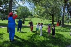 Jouer en famille dans les parcs de Rosemont avec CooPère