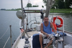 Vivre sur le fleuve Saint-Laurent, été comme hiver, en voilier