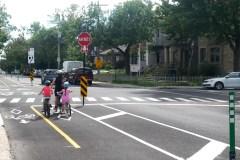 Pétition contre une piste cyclable sur la rue Sauriol