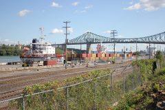 Trêve et entente de principe avec des syndicats du Port de Montréal