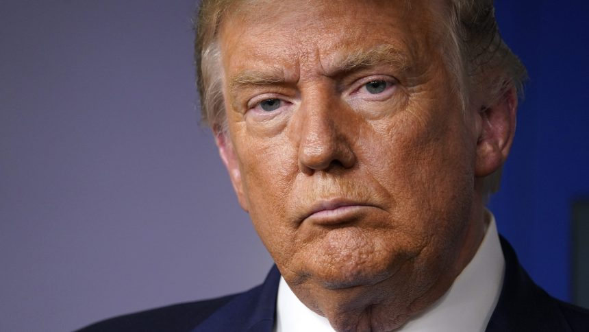 VÉRIFIÉ: Trump prétend (encore) avoir reçu un prix qui n'existe pas