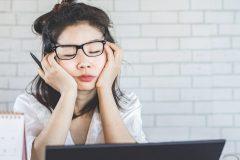 Télétravail et santé mentale: comment gérer la charge de travail à la maison?