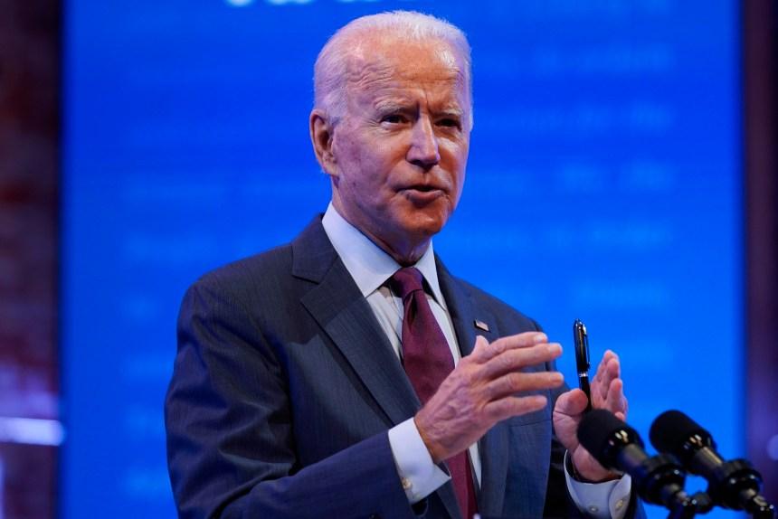 Joe Biden mise sur l'assurance-maladie, pas sur l'ajout d'un juge à la Cour