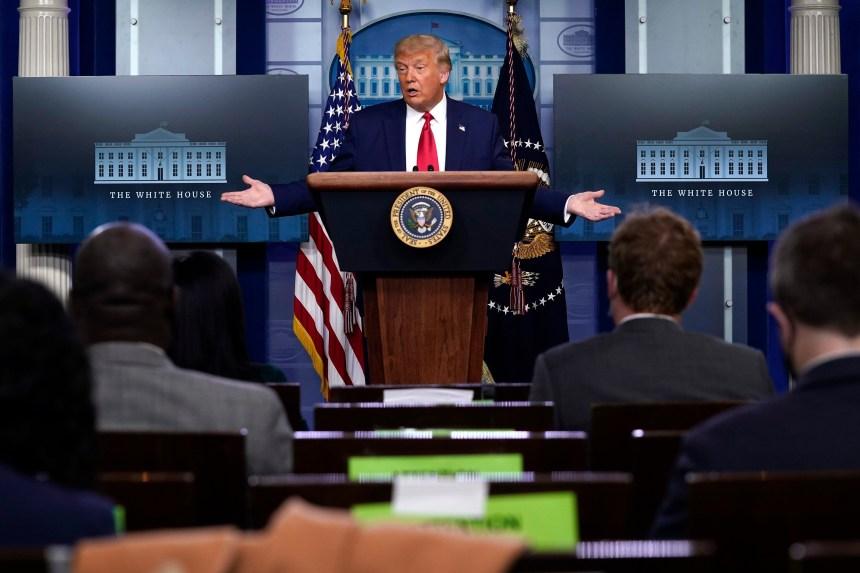 Une républicaine ex-conseillère de Pence fustige Trump sur la COVID-19