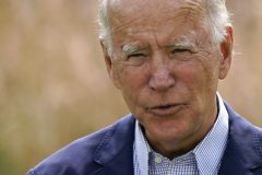 Joe Biden courtise les électeurs latinos de la Floride