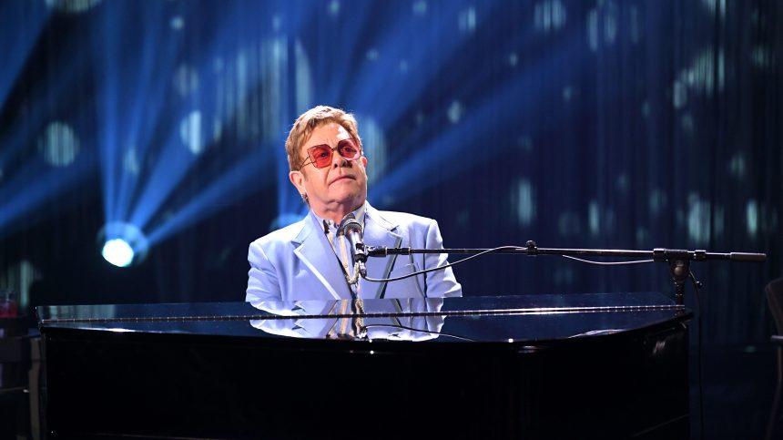 Elton John en concert à Montréal… pas avant 2022