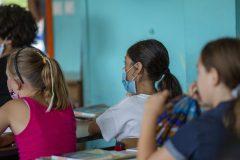 Dépistage accéléré dans les écoles: vers un recours juridique?
