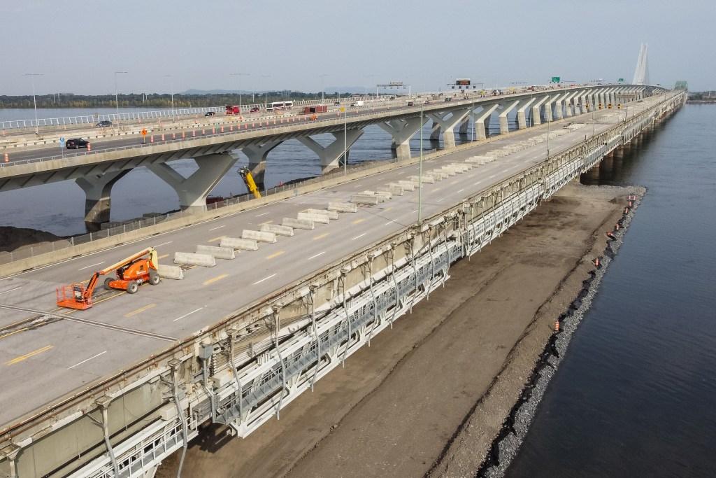 La jetée pour la déconstruction pont Champlain.
