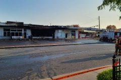 Un incendie ravage un complexe commercial à LaSalle