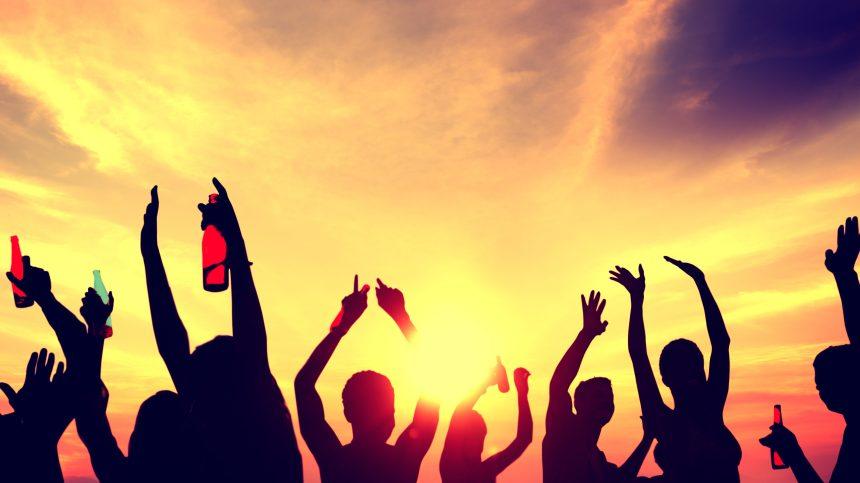 Des rassemblements festifs malgré les restrictions