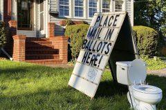 «Votes dans la toilette»: pas d'accusations au Michigan