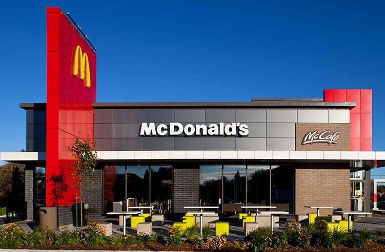 La COVID-19 a forcé la fermeture temporaire de trois McDonald's
