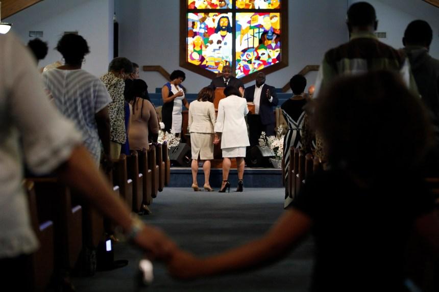 Vote catholique: les républicains attaquent Kamala Harris