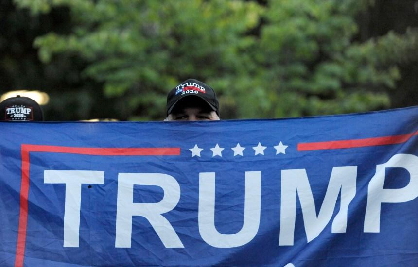 Trump a offert un aperçu de sa prestation aux débats à une assemblée publique