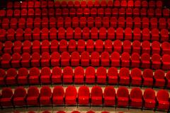 Fermeture des salles de spectacle : l'industrie crie à l'injustice