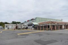 La Plaza Pointe-Claire à vendre depuis la semaine dernière