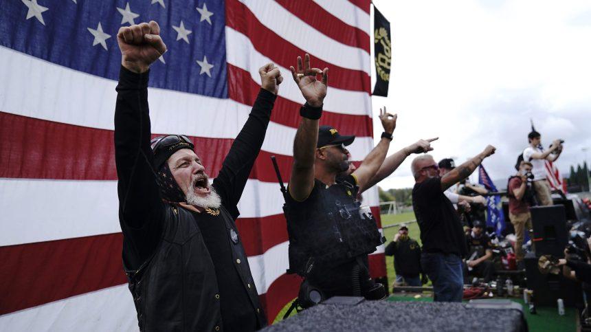 Des suprémacistes blancs se réjouissent des propos de Trump lors du débat