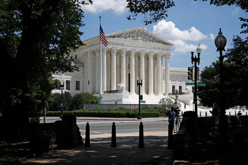 Trump prépare un liste de candidats à la Cour suprême