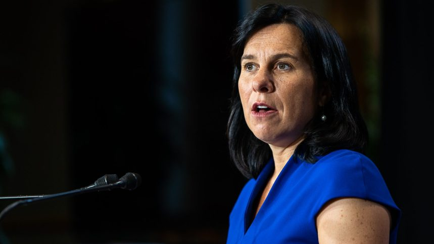 Fusillade à Montréal: Valérie Plante «choquée»