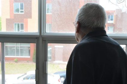 Journée mondiale des aînés: combattre l'isolement par des petits gestes