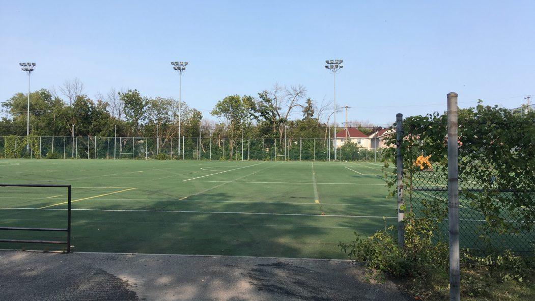 Le terrain de soccer du parc René-Masson.