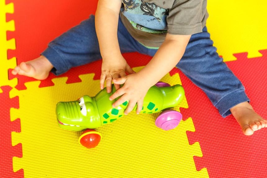 La garderie en bas âge serait bénéfique pour le développement des garçons