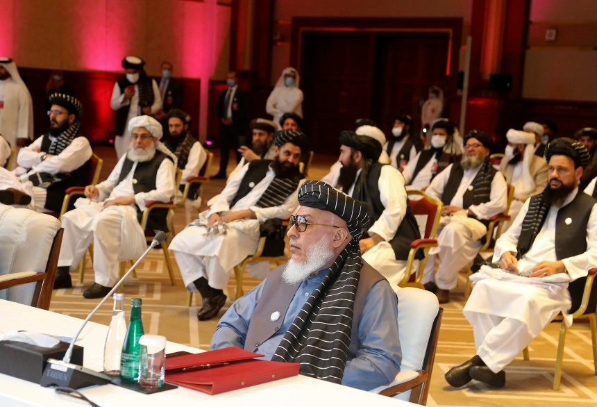 Les talibans se réjouissent d'une annonce de Trump promettant un retrait précipité