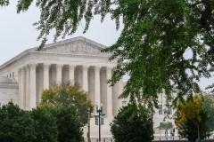 Si le scénario de 2000 se reproduit, Trump croit avoir les votes de la Cour suprême