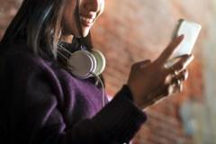 Trouver une chanson en la fredonnant à Google sur votre téléphone