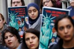Les défenseurs des réfugiés outrés par la décision de Trump de réduire les quotas