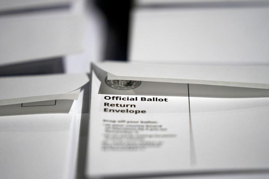 Les républicains contestent des règles du vote par correspondance en Caroline