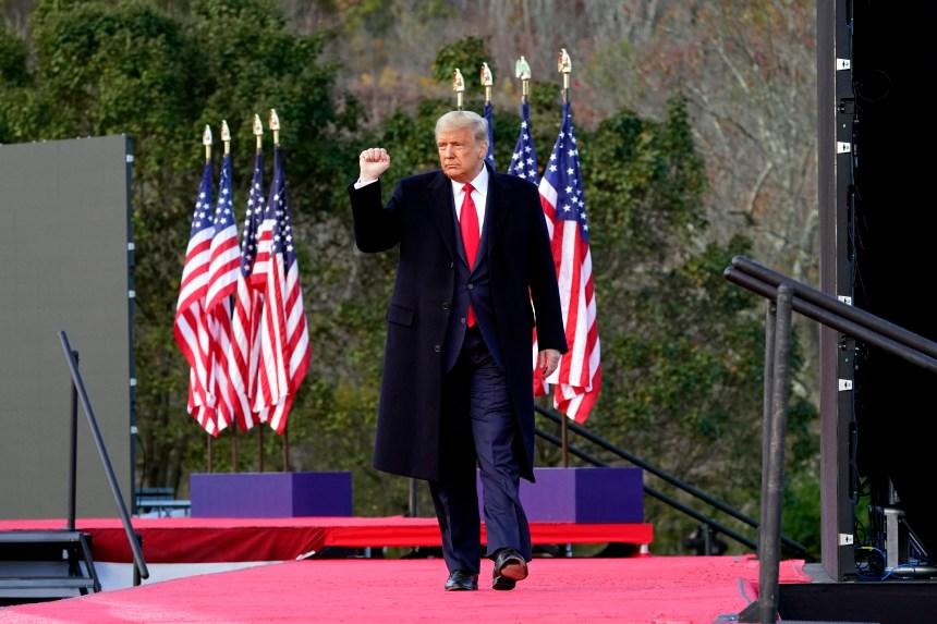 Donald Trump continue de courtiser sa base électorale en Pennsylvanie