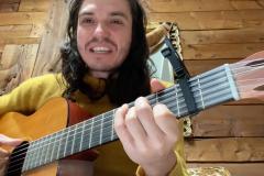 Philémon Cimon demande en chanson à Legault de reconnaître le racisme systémique