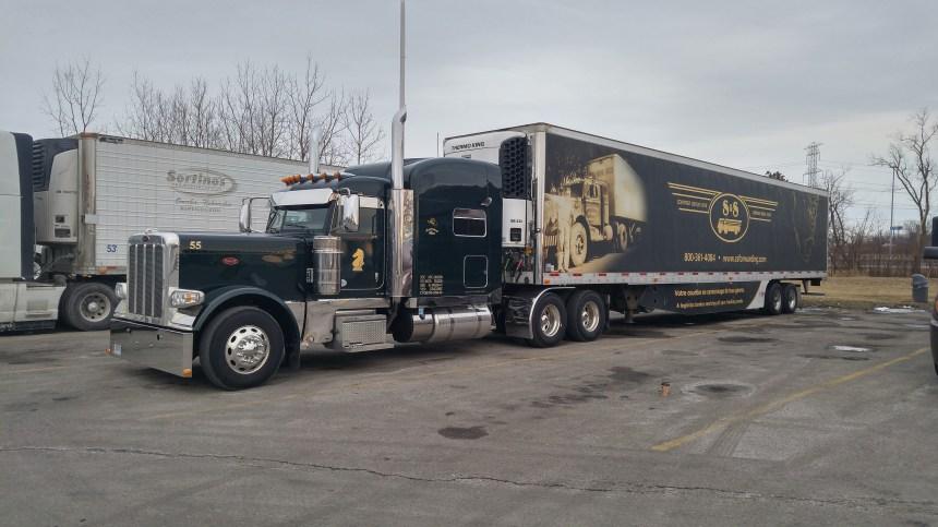 Les camionneurs ont continué à rouler malgré la COVID-19
