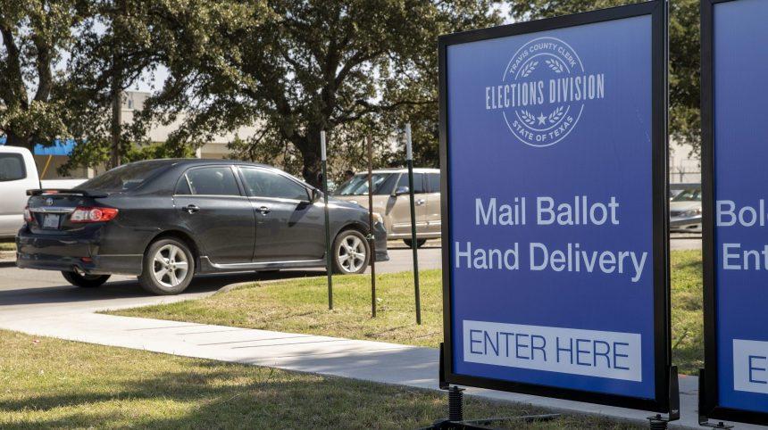 Le gouverneur du Texas limite les points de dépôt du vote par correspondance