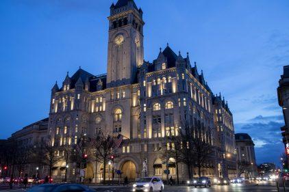 Trump organiserait une soirée électorale dans son hôtel de Washington