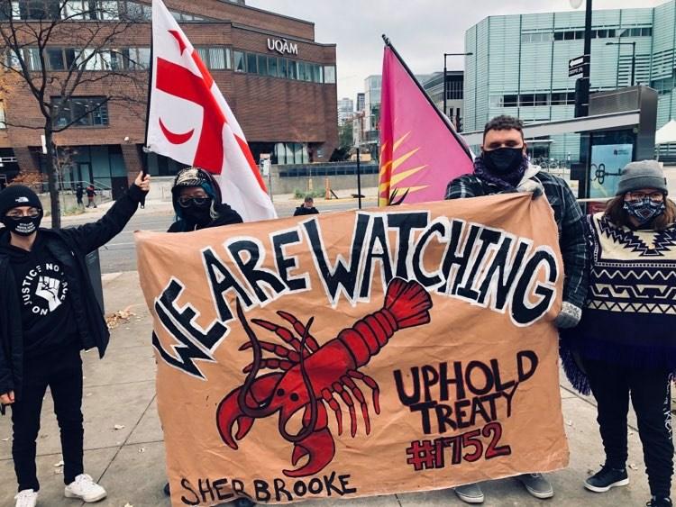 Une manifestation en soutien aux pêcheurs Mi'kmaq à Montréal