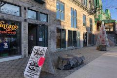 Rue Saint-Denis: l'ancien Urban Outfitters devient un immense marché rétro