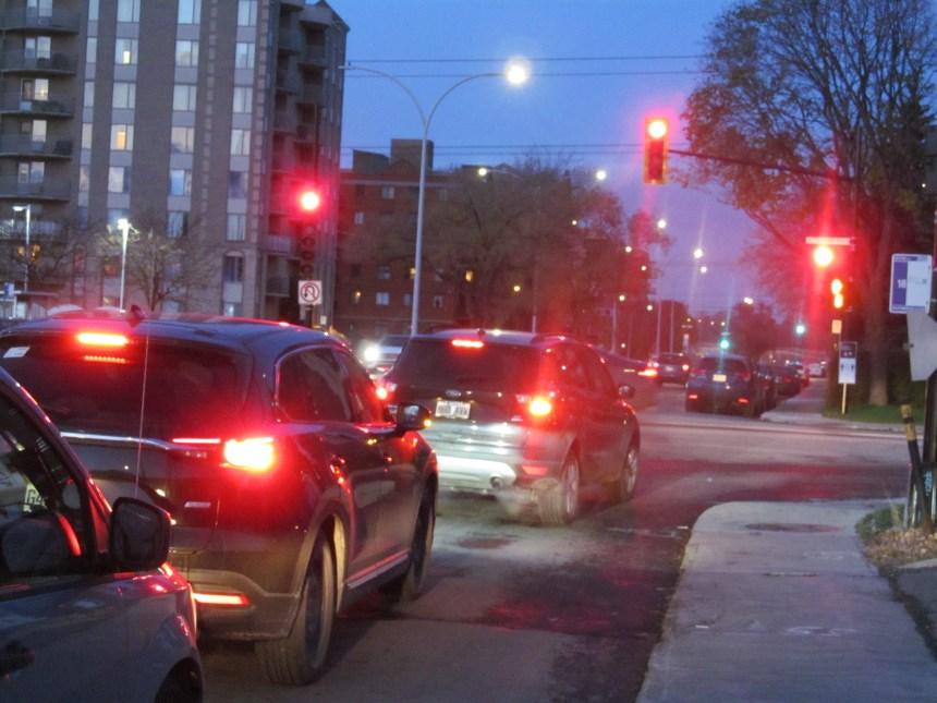Feux de circulation: Anjou blâme Montréal