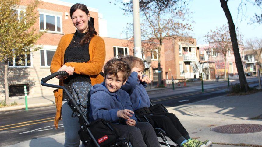 Les défis d'une mère pour obtenir un stationnement pour handicapés