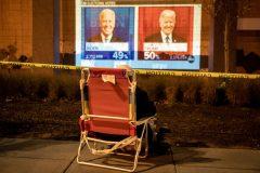 Élection présidentielle: Biden mène au collège électoral